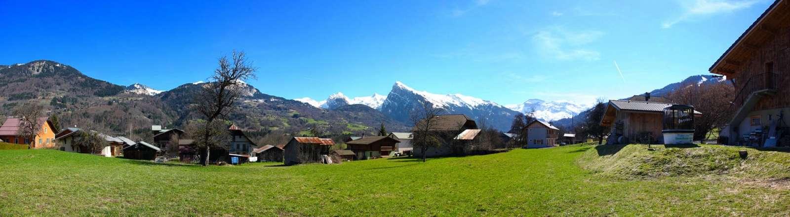 panorama-vallee-du-haut-giffre
