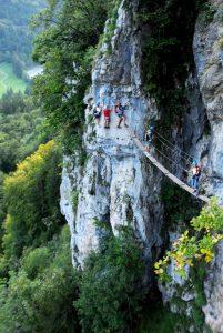 via pont de singe